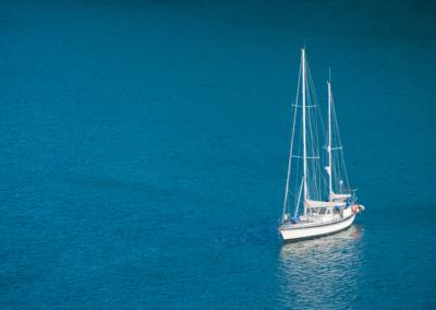 sailboat-Pq8N9SZV